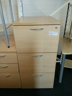 Storage Used L&P 3 drawer filing cabinet