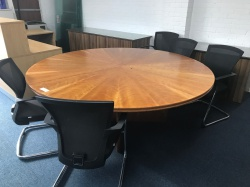 Meeting tables & chairs Large round table