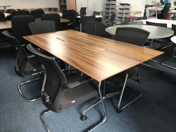 Meeting tables & chairs Small meeting table